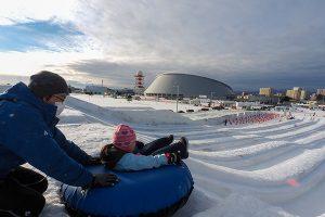 さっぽろ雪まつり(つどーむ会場)を徹底レポート!子どもも大人も雪遊びを楽しもう