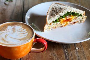 札幌のカフェで優しい時間を過ごす…。コーヒーブレイクにもご飯にも利用したいおすすめ店
