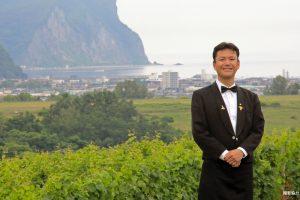北海道の食と観光をつなぐ、小樽発着のワインツーリズムを創造したい。「北海道・ワインセンター」シニアソムリエ 阿部眞久さん